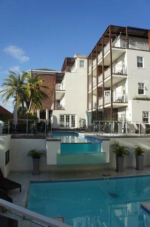 Glen Boutique Hotel & Spa: Piscine