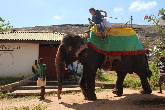 Luxembourg American Cultural Society: Anuradhapura Historical Sri Lanka -