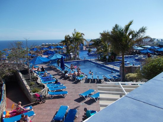 Servatur Puerto Azul: Pool view from recreation balcony