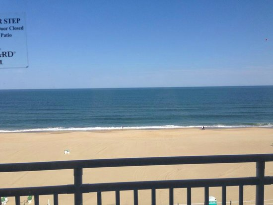 Courtyard Virginia Beach Oceanfront/North 37th Street: View from the balcony