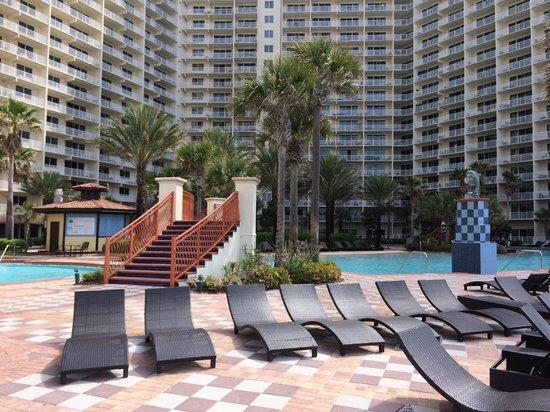Shores of Panama Resort: New chairs!