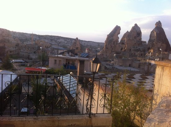 Lalezar Cave Hotel: The View