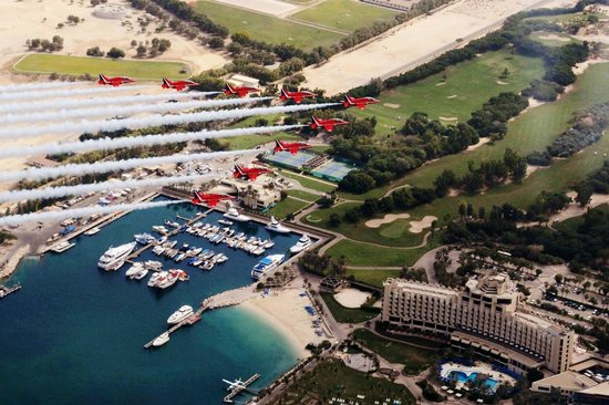 JA Jebel Ali Beach Hotel : Hotel and Golf Course with the Red Arrows in 2013