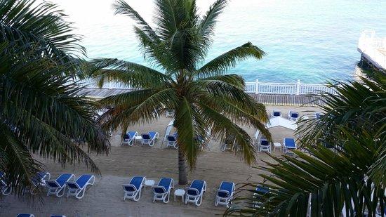 Royal Decameron Montego Beach : room view