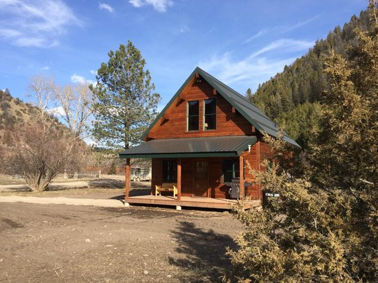 The Cabins at Rock Creek: Willow/Cottonwood Cabins