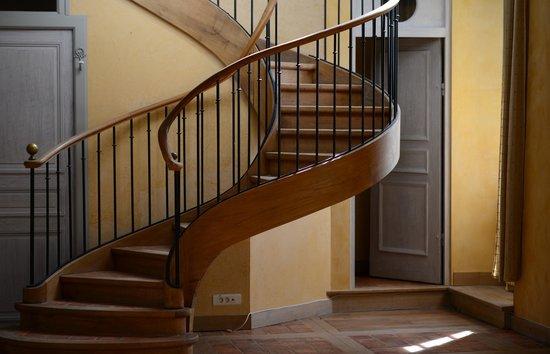 Charmilles des Cordeliers : Escalier d'accès aux chambres