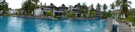 Maehaad Bay Resort : piscine