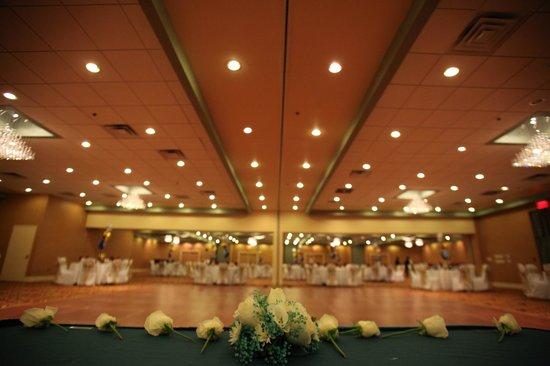 E Hotel Banquet & Conference Center : Grand Ballroom Banquet Event