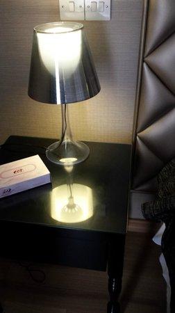 Cleopatra Hotel : bedside lamp