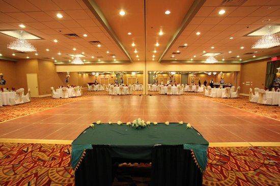 E Hotel Banquet & Conference Center : Grand Ballroom Banquet & Events