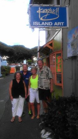 Kihei Kai Oceanfront Condos: Enjoying Kingwell's Island Art in Lahaina