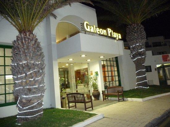 Apartamentos Galeón Playa: hotel front