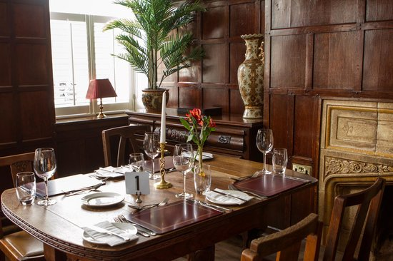 The Royal Hotel: The Bistro