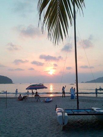 Playa la Ropa : Bello