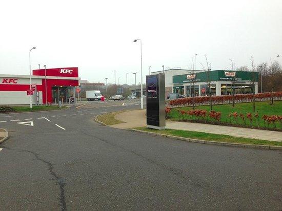 Novotel Edinburgh Park: KFC and Krispy Kreme just across the road