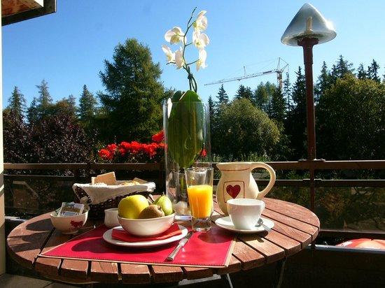Hotel Le Green: Petit-déjeuner a la terrace