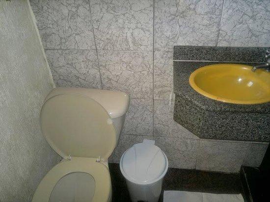 Hotel da Canoa: baño