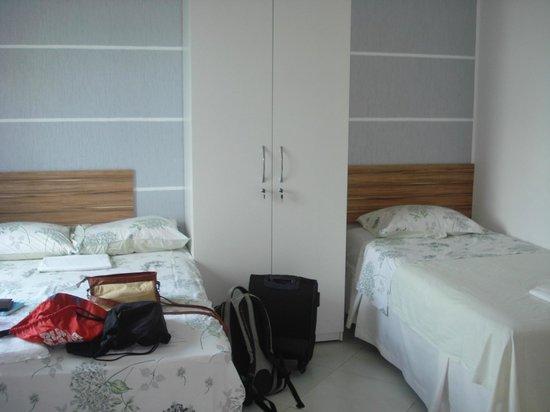 Pousada Quintas do Calhau : Quartos duplo com frigobar, ar, tv a cabo, cama box e chuveiro quente