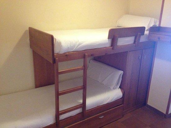 Hotel Solineu: Dormitório solteiro