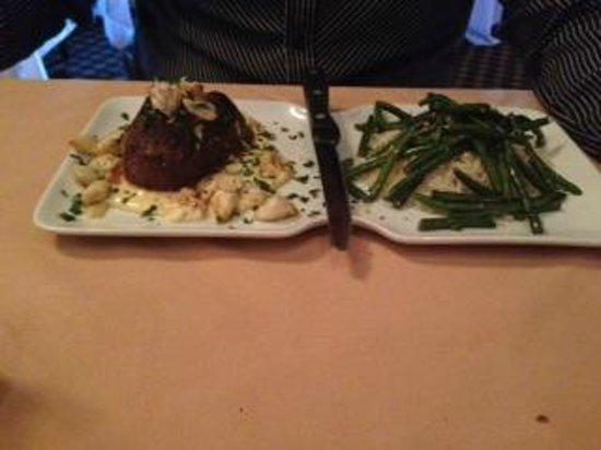 Montmartre Restaurant: Steak Luanne
