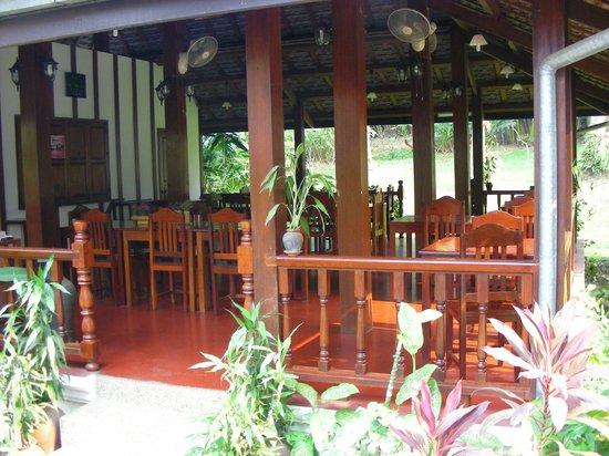 Villa Chitdara: la zona breakfast