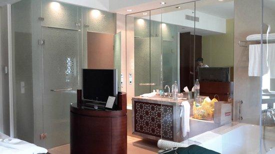 Manzil Downtown Dubai: Habitación