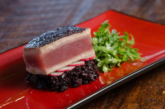 Foster Harris House: Sumac dusted tuna and forbidden rice