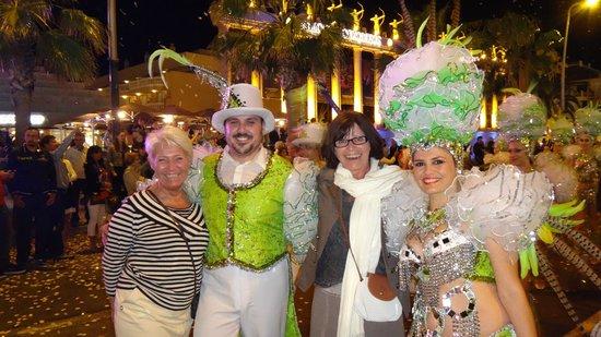 H10 Conquistador: Carnaval en ville.
