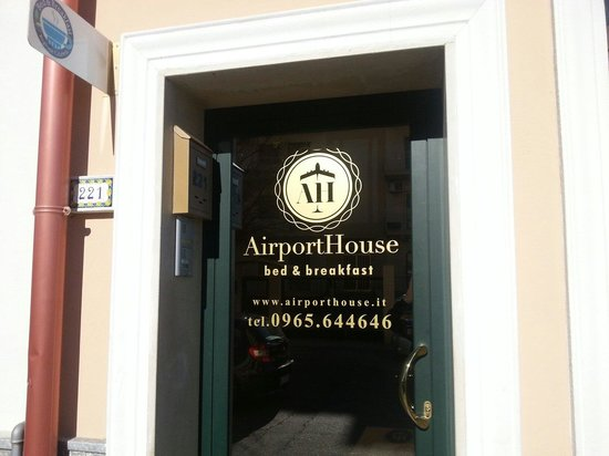 AirportHouse