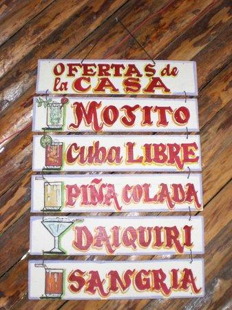 Villa Cristina y Abel: Lista dei fantastici cocktail preparati dal signor Juan