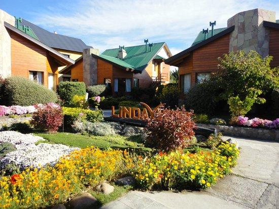 Linda Vista Apart Hotel: JArdim