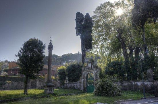 Parco Regionale dell'Appia Antica: via Appia Antica start