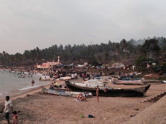 The Leela Kovalam Beach: Fishing boats