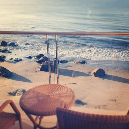 Malibu Beach Inn: It's all about the view
