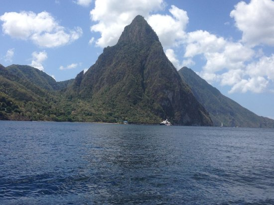 Joe Knows Tours: The Pitons