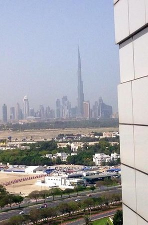 Hyatt Regency Dubai: View when you get out of the lift on 15 level