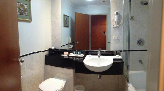 The Grace Hotel Sydney : Bathroom