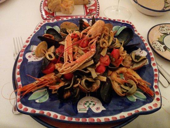 Donna Rosa il Ristorante: Seafood pasta