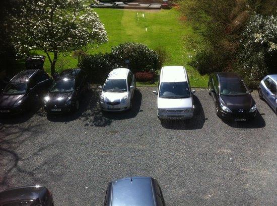 Ambleside Lodge: Car park