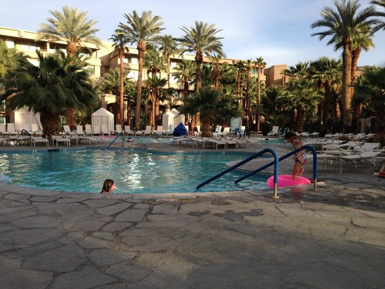 Hyatt Regency Indian Wells Resort & Spa: Beautiful pool