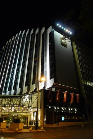 InterContinental Lisbon: at night
