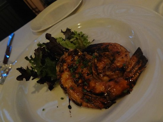 Ristorante Lucano: Appetizer - Grilled Shrimp (Skewered with a rosemary stem)