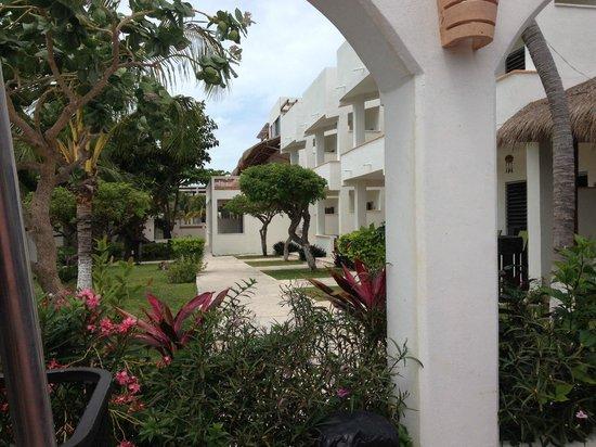 Marina Paraiso : Hotel grounds, sneak peek.