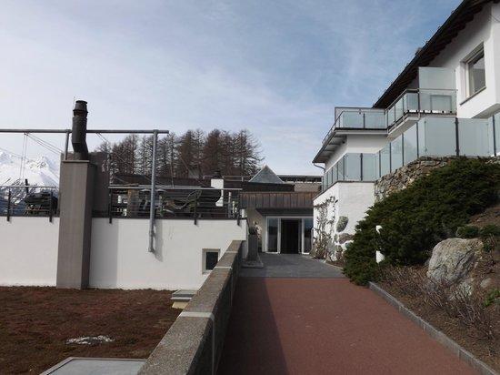 Hotel Paradies: terrace