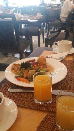 Savoy Suites Hotel Apartments : Breakfast