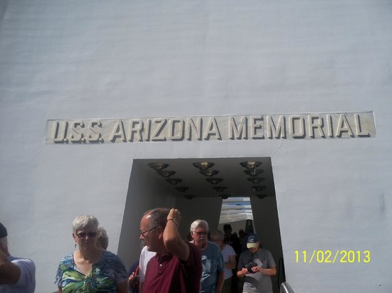 USS Arizona Memorial/WW II Valor in the Pacific National Monument : Entrance to history