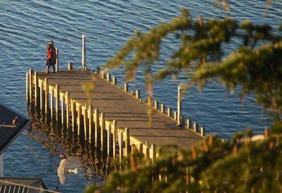Grand Vue Private Hotel: A little pier to love