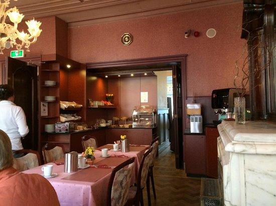 Hotel Aalders: Breakfast room