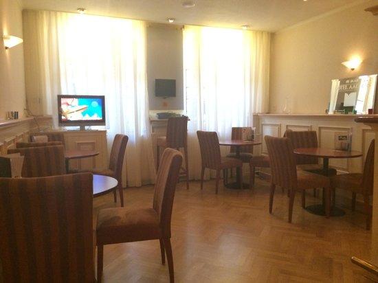Hotel Aalders: Bar on the ground floor
