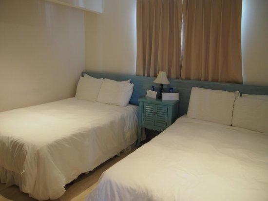 Boardwalk Hotel Aruba: Twin bedroom in 2-bedroom Casita